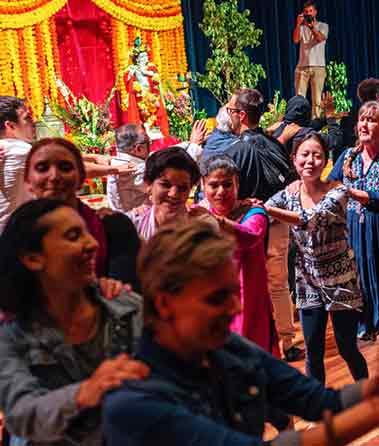 Krishnas birthay brisbane dance